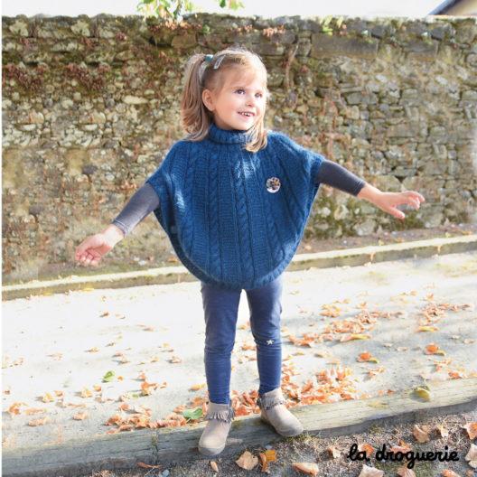 Modèle tricot poncho enfant col roulé | La Droguerie