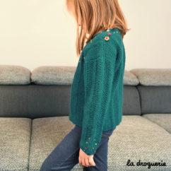 tricoter pull enfant col rond et boutons fleurs La Droguerie