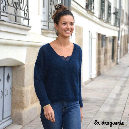 pull en tricot pour femme se tricote en Comète le fil La Droguerie