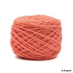 tricoter mini.b 100% pure laine peignée couleur Blush (corail)
