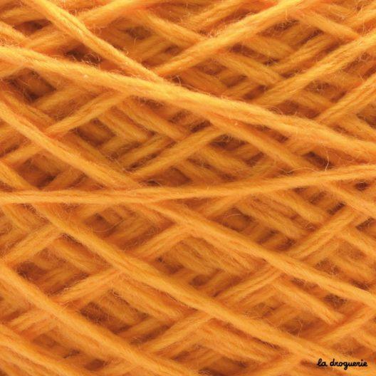tricoter laine mini.B couleur brugnon (jaune orange)